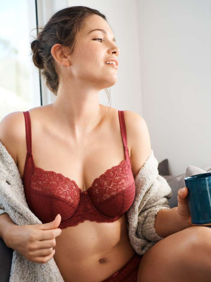 Model wears Envy in Rosewood by Panache LIngerie
